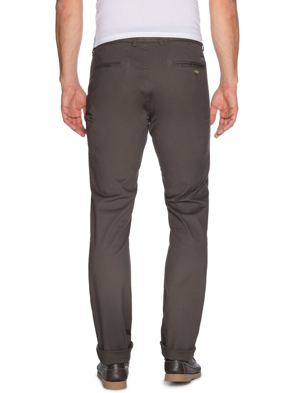 Skinny-Fit Chinos