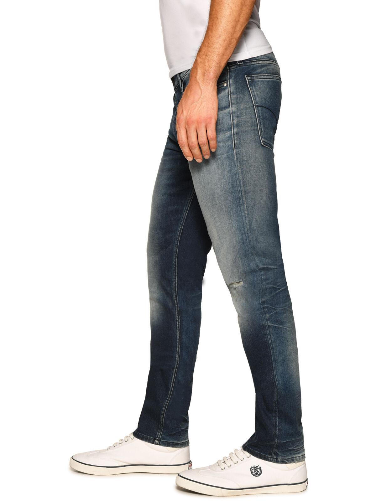 Slim Straight Jeans