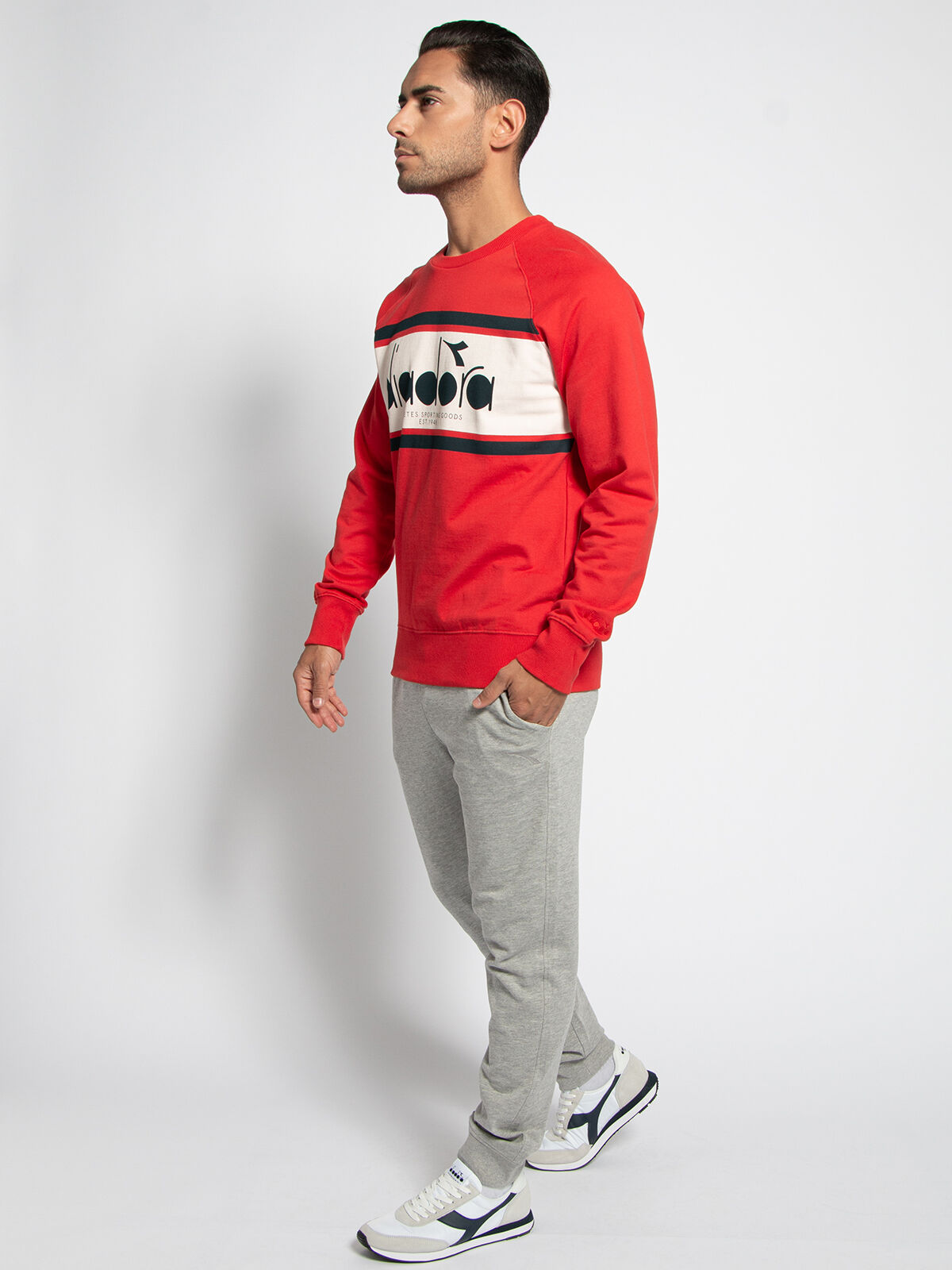 diadora Sweatshirt mit Logo rot | Dress for less