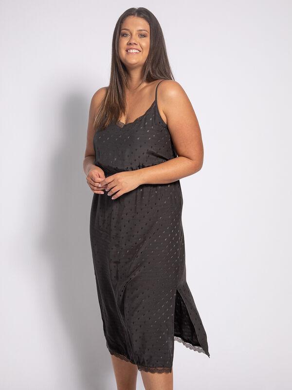 Dress (plus size)Dress (plus size)